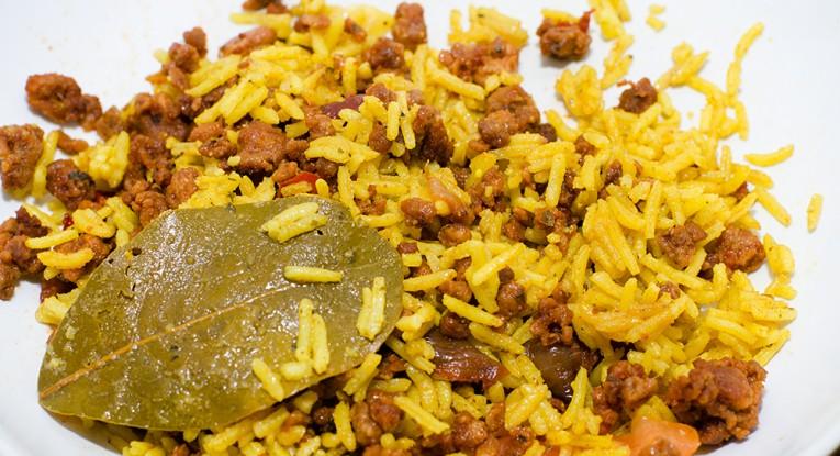 אורז עם סויה תבשיל טבעוני