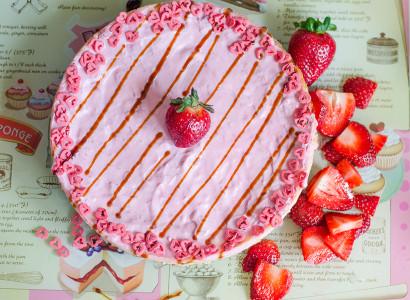 pudding dessert vegan קינוח עוגת גבינה אפויה טבעונית תותים