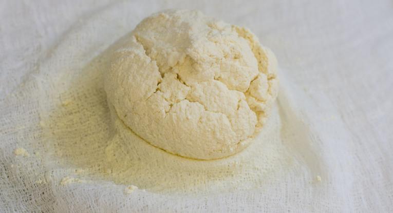 גבינה טבעונית טבעונות לבנה רכה סויה מתכון לגבינה ביתית
